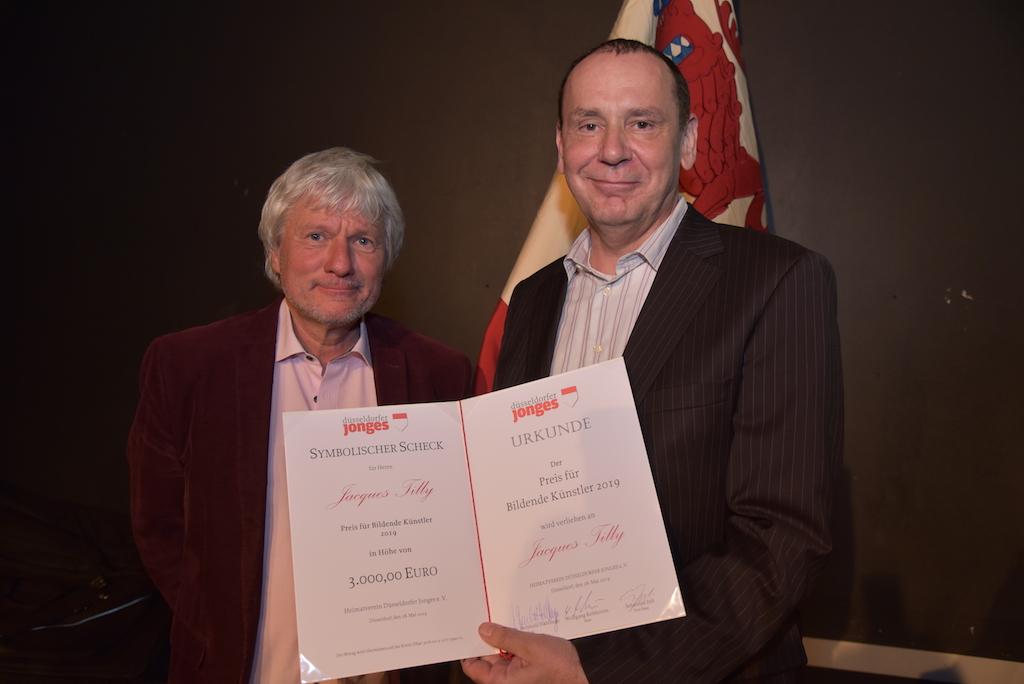 Laudator Jürgen Becker und Preisträger Jacques Tilly Foto: LOKALBÜRO