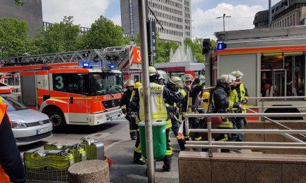 Brand im Technikraum der U-Bahn- ein Mitarbeiter verletzt