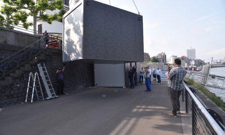 Nach drei Jahren endlich neue Toilettenanlage an der Burgplatztreppe.