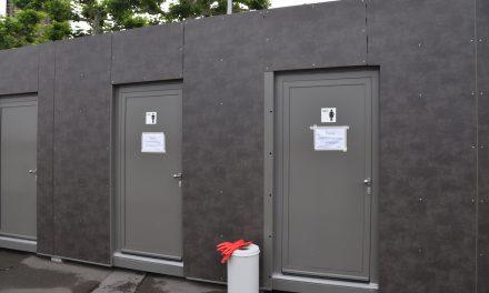 Toilette am Burgplatz – wegen Verstopfung geschlossen