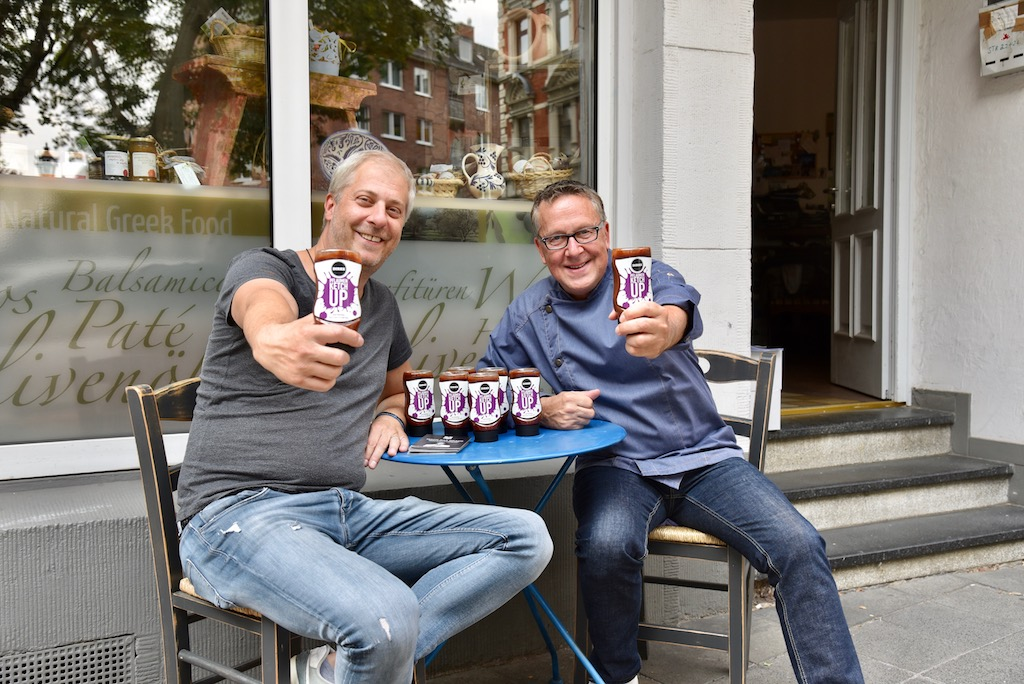 Efstratios Moschovis und Dirk Hoffmann Foto: LOKALBÜRO