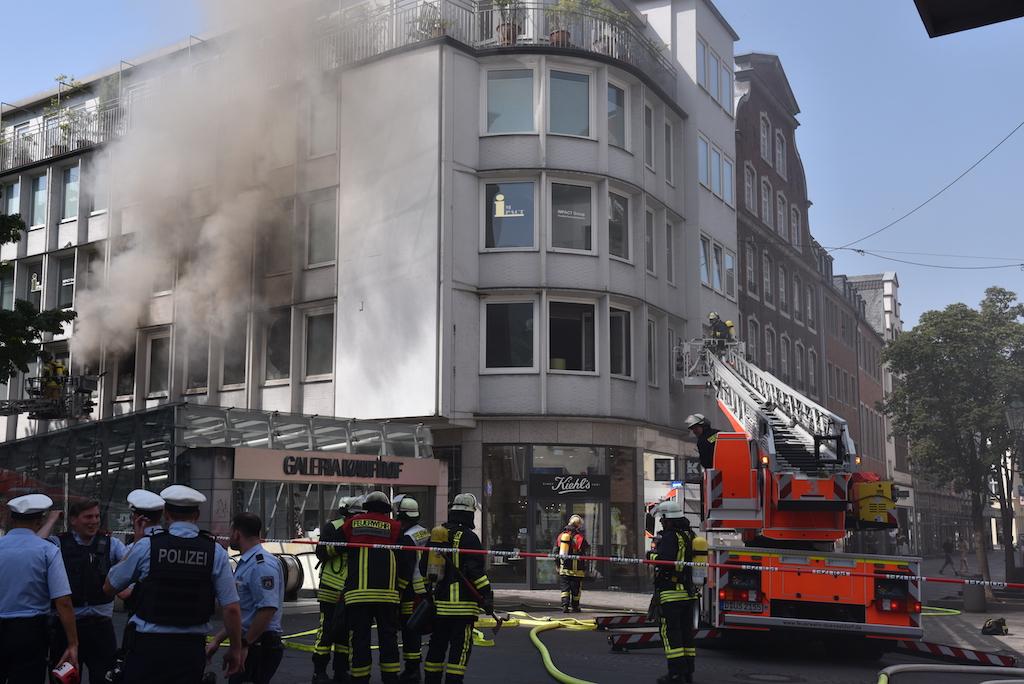 Brand in der Flingerstraße Foto: LOKALBÜRO