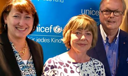 Zwei Düsseldorfer bei der UNICEF Tagung in Köln