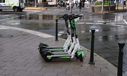 Zweiter E‑Scooter Anbieter startet in Düsseldorf