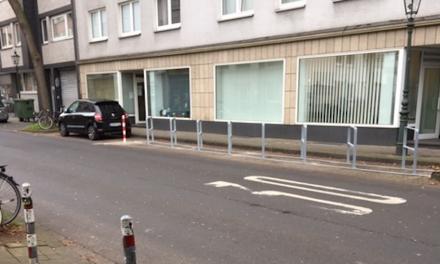 Martinstraße: Fahrradständer —nö