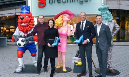 Breuninger stiftet wertvolle Jacques Tilly Skulpturen für den guten Zweck
