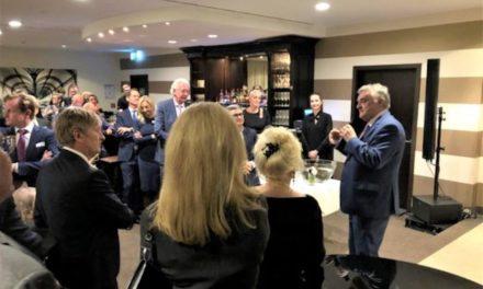 Innenminister Herbert Reul – Begeisterter Beifall für engagierten Auftritt im Wirtschaftsclub Düsseldorf