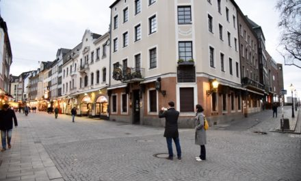 Bis auf kleine Windboen noch alles ruhig in Düsseldorf
