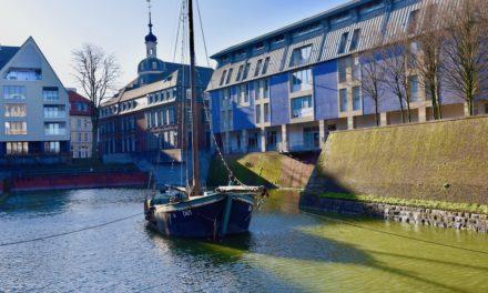 Der Aalschokker im alten Hafen geht auf seine letzte Reise