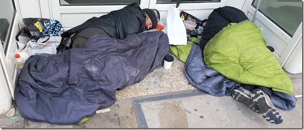 Obdachlose in Düsseldorf Foto: fifty-fifity