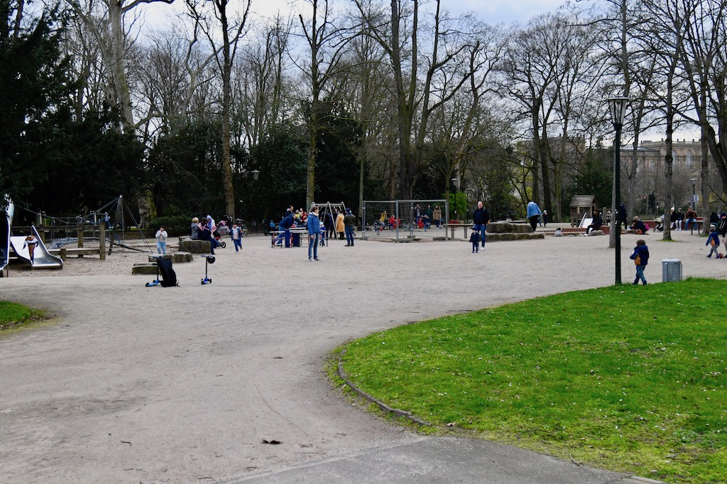 Spielplatz im Hofgarten Foto:LOKALBÜRO