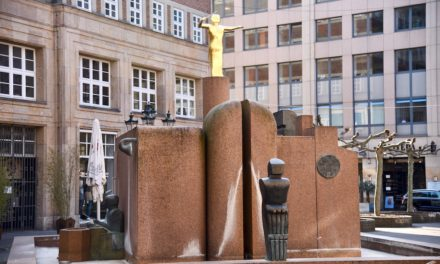 Düsseldorfer Brunnen — noch sprudeln sienicht