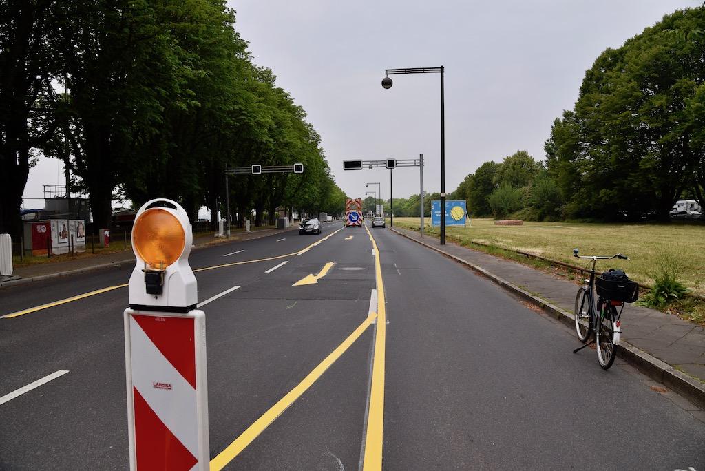 Einrichtung Pop-up-Radweg für Düsseldorf Foto: LOKALBÜRO