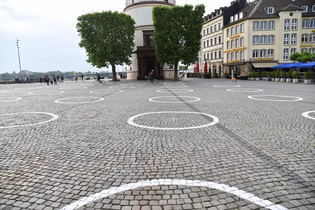 Kreis am Burgplatz Foto: LOKALBÜRO