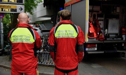Folgemeldung: Wohngebäude zum Teil eingestürzt — beide Leichnam konnte geborgen werden