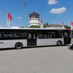 Bus der Linie 726 fährt Burgplatz an