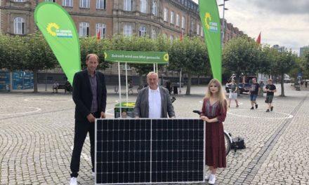 """""""Sonnenstadt Düsseldorf"""" – GRÜNES Konzept für Solar-Offensive"""