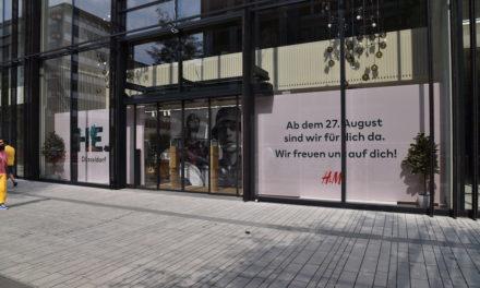 Erste Geschäfte im KÖ — Bogen zwei eröffnen.