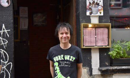 Vom Ritchie — Schlagzeuger der Hosen in der Altstadt