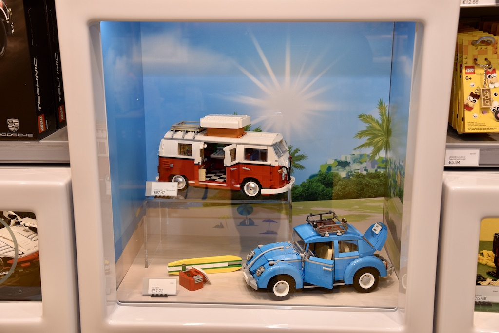 Blick in den neuen Lego-Store Foto: LOKALBÜRO