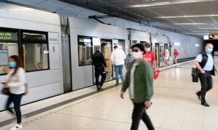 Düsseldorfer zeigen hohe Disziplin in Bussen und Bahnen