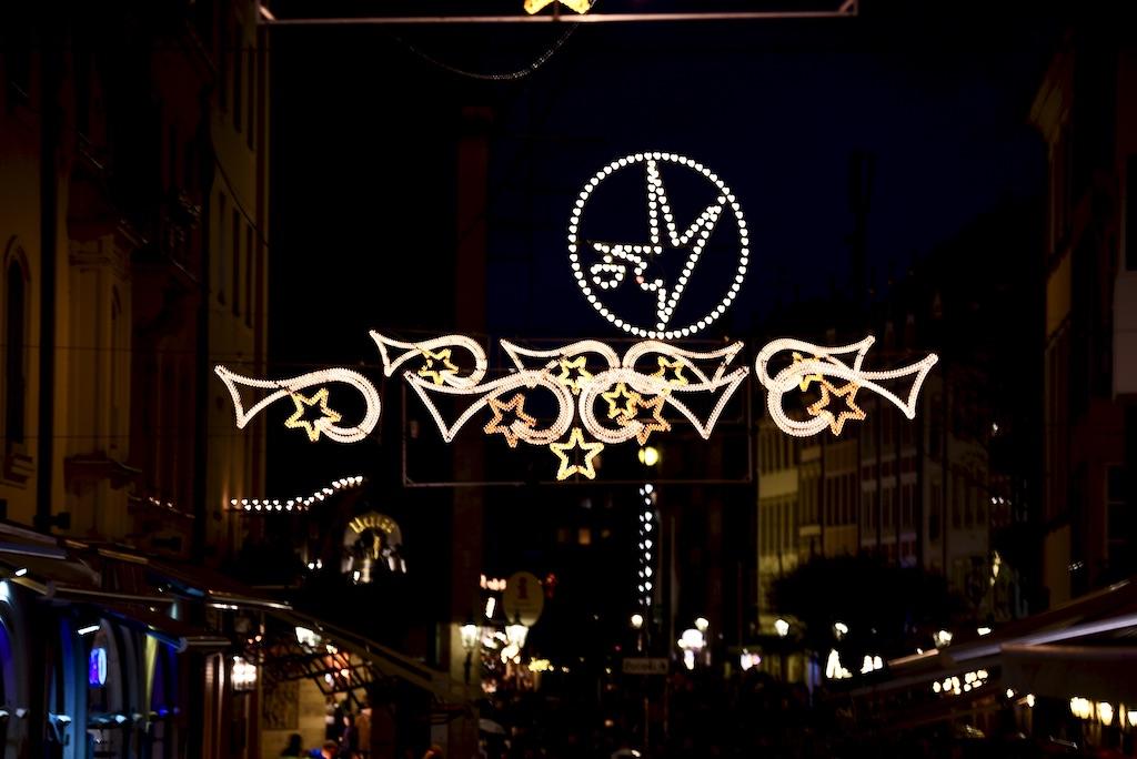 Weihnachbeleuchtung in der Altstadt Foto: LOKALBÜRO