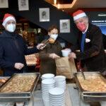 Mittagessen mit wohnungslosen Menschen — dieses Jahr leider nur togo