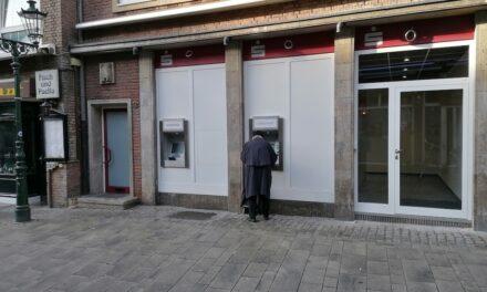 Sparkasse zieht in die Schneider-Wibbel-Gasse — Privatkundschaft verärgert