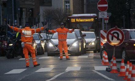 Verkehrskadetten beim  Weihnachtsshopping im Einsatz