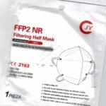 Je fünf kostenlose FFP2-Masken für alle Düsselpass-Inhaberinnen und ‑Inhaber
