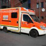 Rettungswagen verunfallt auf Einsatzfahrt mitPkw
