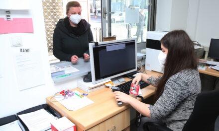 Impfzentrum Düsseldorf gewährt Einblicke in die unterschiedlichen Arbeitsbereiche