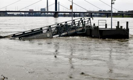 Düsseldorf bereitet sich auf das Hochwasser vor