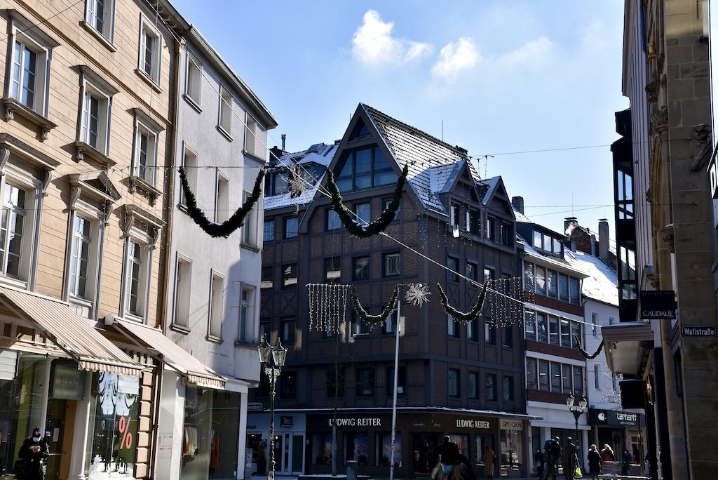 Weihnachtsbeleuchtung in der Altstadt Foto: LOKALBÜRO