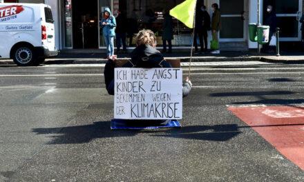 """""""Rebellion of One"""" gegen die Klimakrise"""
