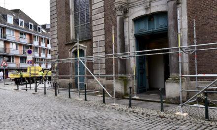 Die Maxkirche wird eingerüstet