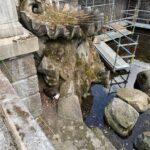 Teil der Arbeiten am Tritonenbrunnen muss wegen brütenden Gänsepaares unterbrochen werden