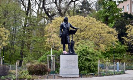 Mendelssohn-Bartholdy-Denkmal wieder zurück