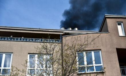 Feuer in einer Tiefgarage in der Klosterstraße