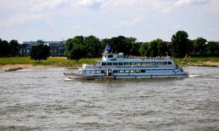 Weiße Flotte trennt sich von einem weiteren Ausflugsschiff