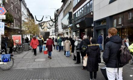Inzidenzwert konstant unter 150 — Click & Meet ab Samstag in Düsseldorf wieder möglich