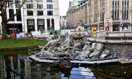 Sanierung des Tritonenbrunnens wird fortgesetzt