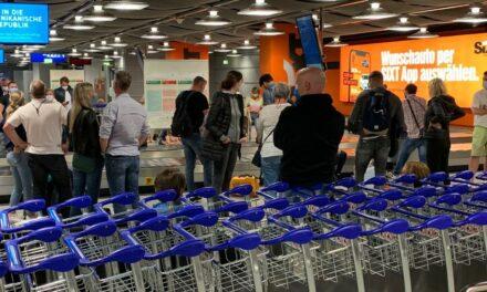 Fluggäste verärgert über Panne am Gepäckband