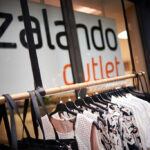 Zalando hat in Düsseldorf sein bisher größtes Outlet eröffnet