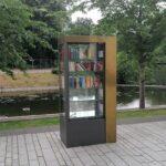 Neuer Bücherschrank für Gerresheim