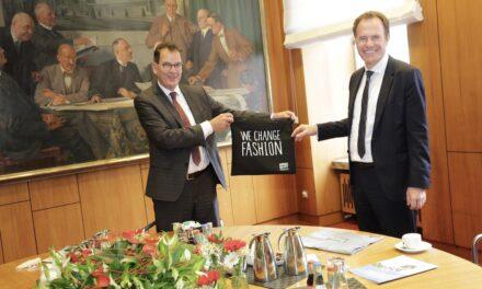 Bundesentwicklungsminister Dr. Gerd Müller im Rathaus zuGast