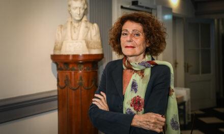 Rachel Salamander besucht das Heinrich-Heine-Institut