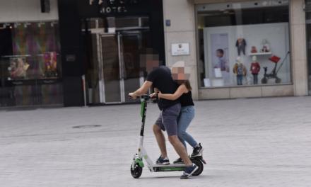 E‑Scooter kollidiert mit Fußgängerin