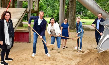 Sterntaler Düsseldorf spendet frischen Spielsand für die vom Hochwasser betroffenen Spielplätze