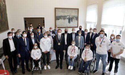 Rathaus-Empfang für Düsseldorfer Teilnehmer an Olympischen und Paralympischen Spielen